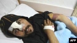 یک کشیش مصری در ماه ژوئیه سال گذشته توسط اسلام گرایان افراطی زخمی شد.