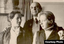 Семья Евгении Шашевой: мать Галина Третьякова, отец Борис Чебоксаров, Евгения