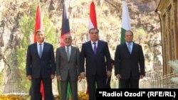 د قرغزستان، تاجکستان، افغانستان او پاکستان مشران د کاسا زر غونډې پر مهال