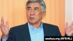 Жармахан Туякбай, лидер оппозиционной Общенациональной социал-демократической партии. Алматы, 5 декабря 2013 года.
