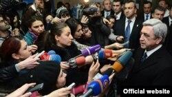 Սերժ Սարգսյանը պատասխանում է լրագրողների հարցերին, 1-ը փետրվարի, 2013