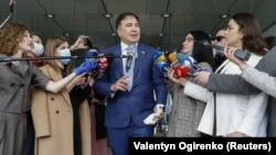 Михаил Саакашвили дар байн. Киев, 24-уми апрели 2020