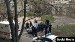 Олесь Бузина атылган жер. Киев. 16-апрель.