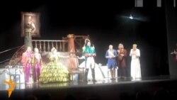На сцене - «Ревизор»