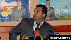 Комиссия по политико-правовой оценке деятельности временной администрации под руководством Дмитрия Санакоева была создана в феврале, с тех пор собиралась пять раз и наконец согласовала все пункты постановления