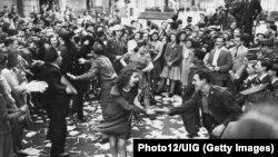 Самое большое торжество: как праздновали Победу