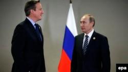 Vladimir Putin və David Cameron
