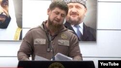 Кадыров во время открытия Фонда им. шейха Зайда в Грозном