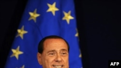 Premierul italian Silvio Berlusconi
