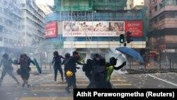 Pamje nga protestat në Hong Kong.
