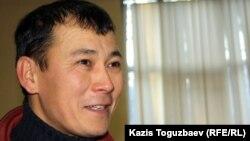 Серик Ембергенов, бывший одноклассник Екпина Шардарова. Алматы, 4 января 2012 года.