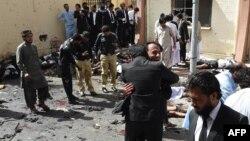 Жарылыс болған аурухана алды. Кветта, Пәкістан, 8 тамыз 2016 жыл.