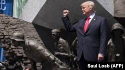 Дональд Трамп на площади Красинских в Варшаве. 6 июля 2017