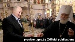 Аляксандар Лукашэнка і кіраўнік Беларускай праваслаўнай царквы мітрапаліт Павел