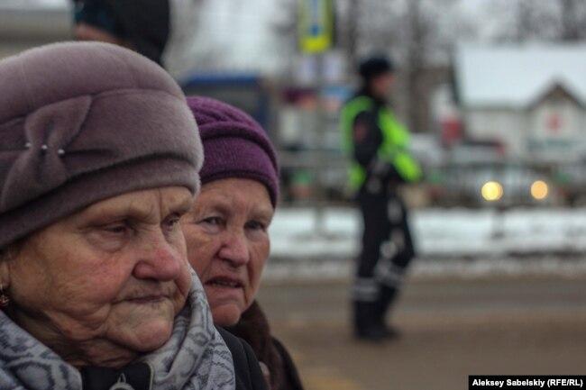Протестующие в Шимске