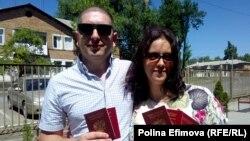 Жители неподконтрольной Киеву части Донбасса, получившие российское гражданство