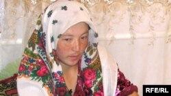 Зорлықпен түскен келін. Қырғызстан, 2008 жылдың тамызы. (Көрнекі сурет).