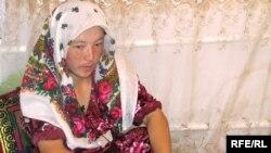 Девушка, которую похитили в качестве невесты. Кыргызстан, август 2008 года.