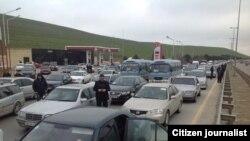 Paytaxtda ancaq 10 və 90 seriyasından olan avtomobillərin hərəkətinə icazə verilir.