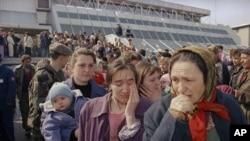 Izbjeglice iz zaštićene zone Srebrenica, Tuzla 1993.