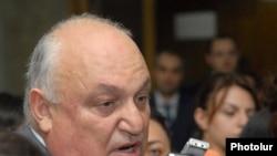 Переизбранный ректор Ереванского государственного университета Арам Симонян, 21 июня 2011 г.