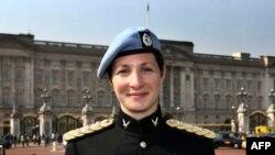 Капитан Хлоя Мэдден служит в ВВС Великобритании. Вполне возможно, другим женщинам разрешат служить в подводном флоте и в боевых частях пехоты.