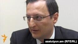 Թուրքիայի արտգործնախարարության Կենտրոնական Ասիայի և Կովկասի դեպարտամենտի պետի տեղակալ Գոհան Թուրանը: