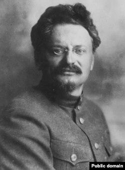 Lev Troțki