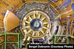 Детектор DELPHI с точки зрения заряженной частицы