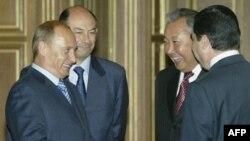 Prezidentlər həmçinin, Miqrasiya siyasətinə dair birgə bəyannamə imzalayıblar