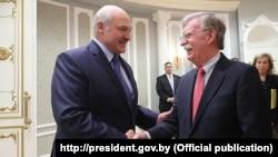Аляксандар Лукашэнка і Джон Болтан