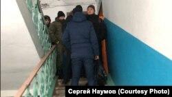 Задержание активиста Михаила Потапенкова
