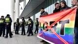 Каждая попытка ЛГБТ-сообщества заявить о своих правах в Грузии завершается насилием и эксцессами