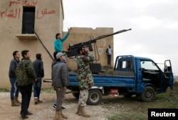 اعضای گروه احرارالشام در جنوب ادلب (دو ماه پیش)
