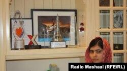Malala Yousafzai fotografiată de reporterul Radioului Mashaal, Abdul Hai Kakar la Birmingham