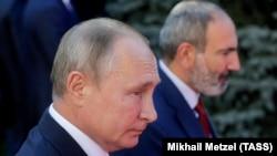 Владимир Путин ва Никол Пашинян