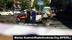 Місце вибуху автомобіля, у якому їхав журналіст Павло Шеремет, 20 липня 2016 року