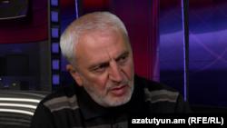 Ազգային ժողովի պատգամավոր Արամ Մանուկյանը (ՀԱԿ) «Ազատության» ստուդիայում: 17-ը մարտի 2015 թ․