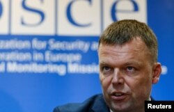 Principal Deputy Chief of the OSCE's Special Monitoring Mission in Ukraine Alexander Hug (file photo)