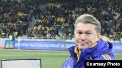 У матчах проти збірних Молдови і Чорногорії діями «синьо-жовтих» мав керувати Олег Блохін