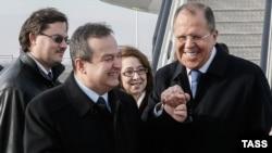 Srbija, prenose mediji, glasala protiv zato što je lično Sergej Lavrov, ruski šef diplomatije, to tražio od srpskog državnog vrha tokom posete Beogradu