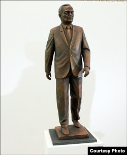 This is Jabbarov's mock-up for his sculpture of former Uzbek President Islam Karimov.