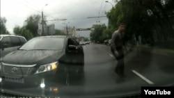 Скриншот видеозаписи о ДТП. Иллюстративное фото.