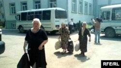 Освобожденные из осетинского плена жители грузинских деревень Южной Осетии