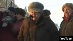 """Марина Салье на митинге """"За честные выборы"""" в Петербурге, 4 февраля 2012"""