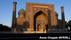 Uzbek world-heritage sites such as Samarkand are potential tourist magnets. (file photo)