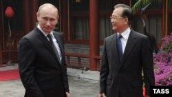 Владимир Путин и премьер-министр Китая Вэнь Цзябао