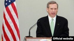 U.S. -- Mark Kirk , an American Republican politician currently serving as the junior United States Senator from Illinois.