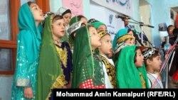 Поющие дети в Афганистане. Иллюстративное фото.