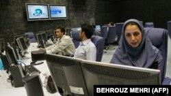 درخواست مخالفان جمهوری اسلامی برای تحریم صداوسیما؛ گفتوگو با احمد باطبی